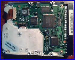 Hard Disk Drive SCSI Quantum Fireball ST ST32S011 3.5S Rev 02-C SSTF 0C20