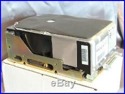 NeXTcube HP 660 97548sn 660mb SCSI Hard Drive